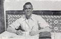 Miguel Hernández escribiendo